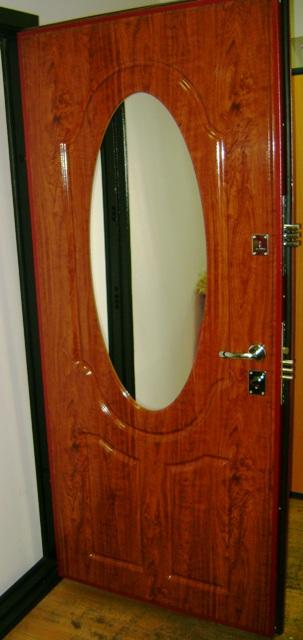 зеркальная дверь входные
